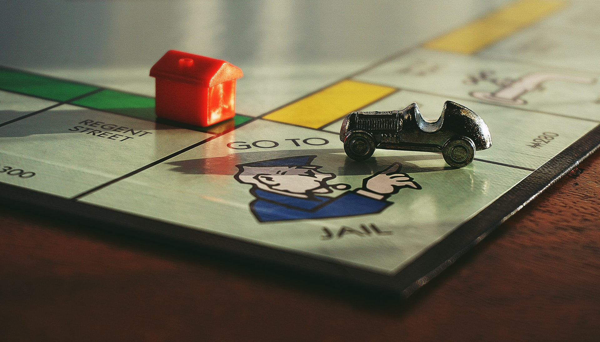 Go to jail on gameboard